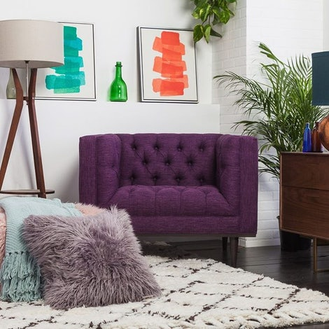 Carolyn Teal Wall Art - Photo by Beatriz C.