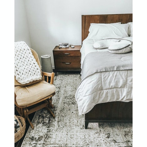 Fenton Bed - Photo by Leslie Balbontin